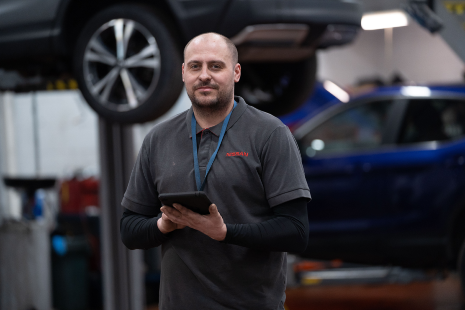 Charles Hurst Group owner Lookers launches major drive to hire 100 new technicians 2