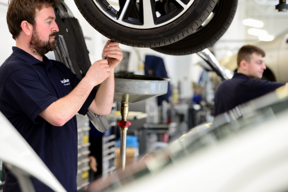 Charles Hurst Group owner Lookers launches major drive to hire 100 new technicians